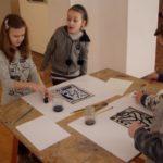 Obraz do wpisu: Warsztaty: Monotypia- między rysunkiem a grafiką.  #19
